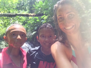 My tour guides (elmers nephews) , the instigatorlbc, and mud masks- free via nature